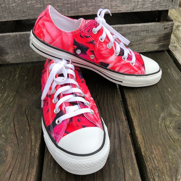 5d1efcb242bc Pink Red Rose Pink All-Star Converse! NEW!